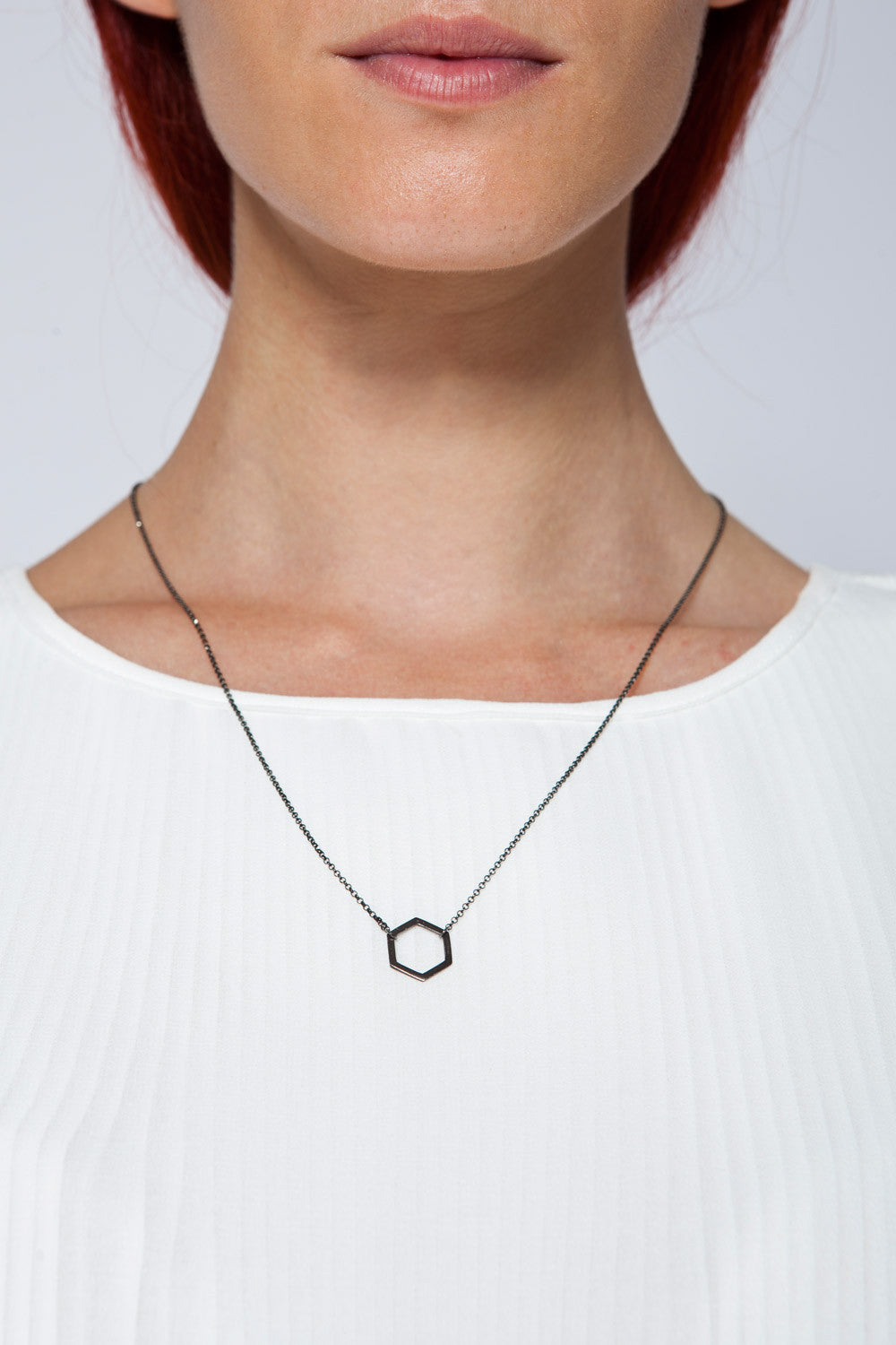 MOUTSATSOS - LONG BLACK GOLD GEOMETRY NECKLACE WITH BLACK MOTIF - Jewellery - Ozon Boutique