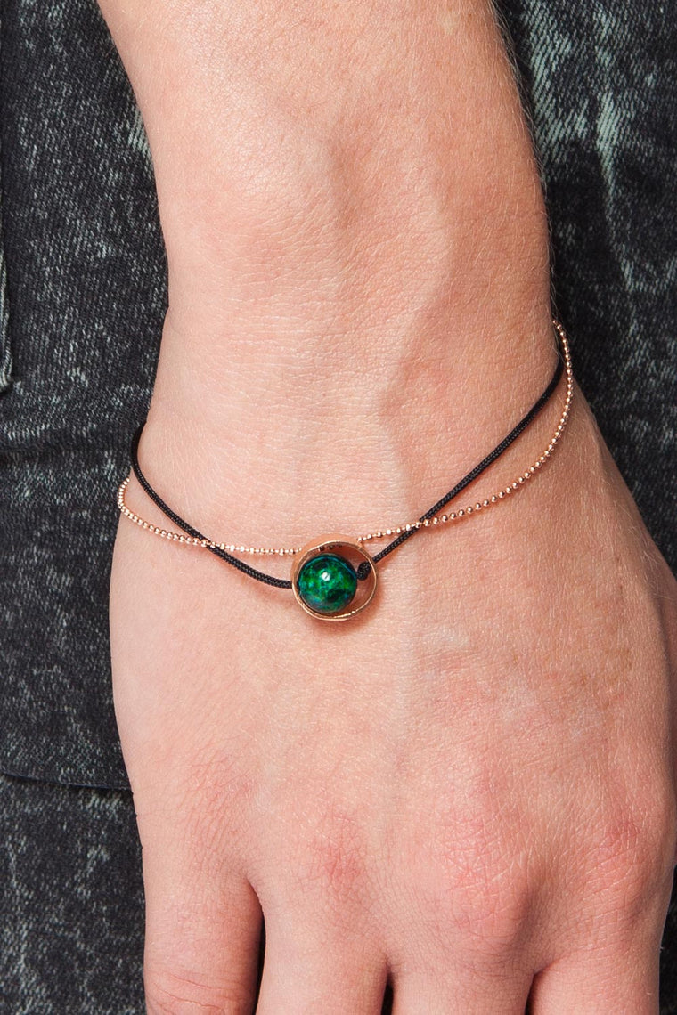 MOUTSATSOS - PINK GOLD CYCLE DU SOLEIL BRACELET WITH GREEN EARTH - Unisex Jewellery - Ozon Boutique