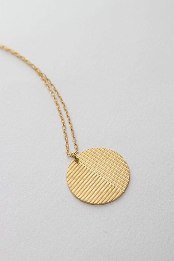 MOODLIKEME - PLATE B NECKLACE - Unisex Jewellery - Ozon Boutique - 1