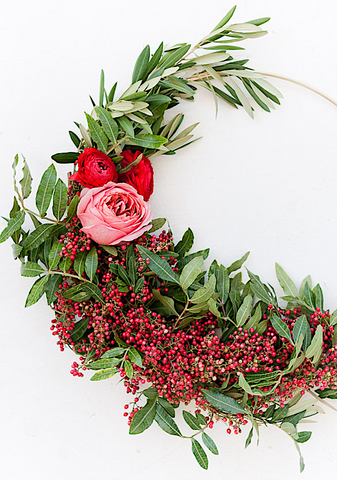 DIY Christmas Hoop Wreath from Paper and Stitch