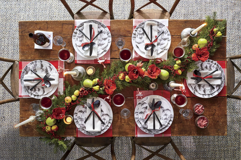 Garland photographed by Hector Manuel Sanchez for Southern Living