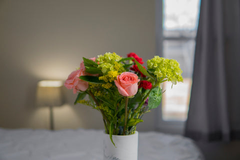 bedside flowers for health