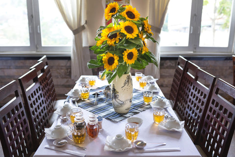 sunflower table decor