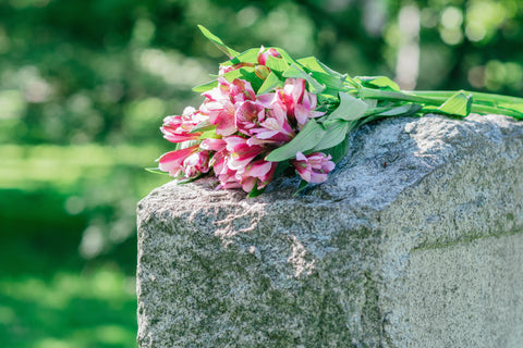 tombstone flowers for sympathy