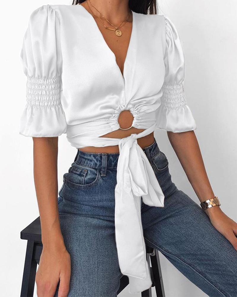Cut Out Puff Sleeve Top