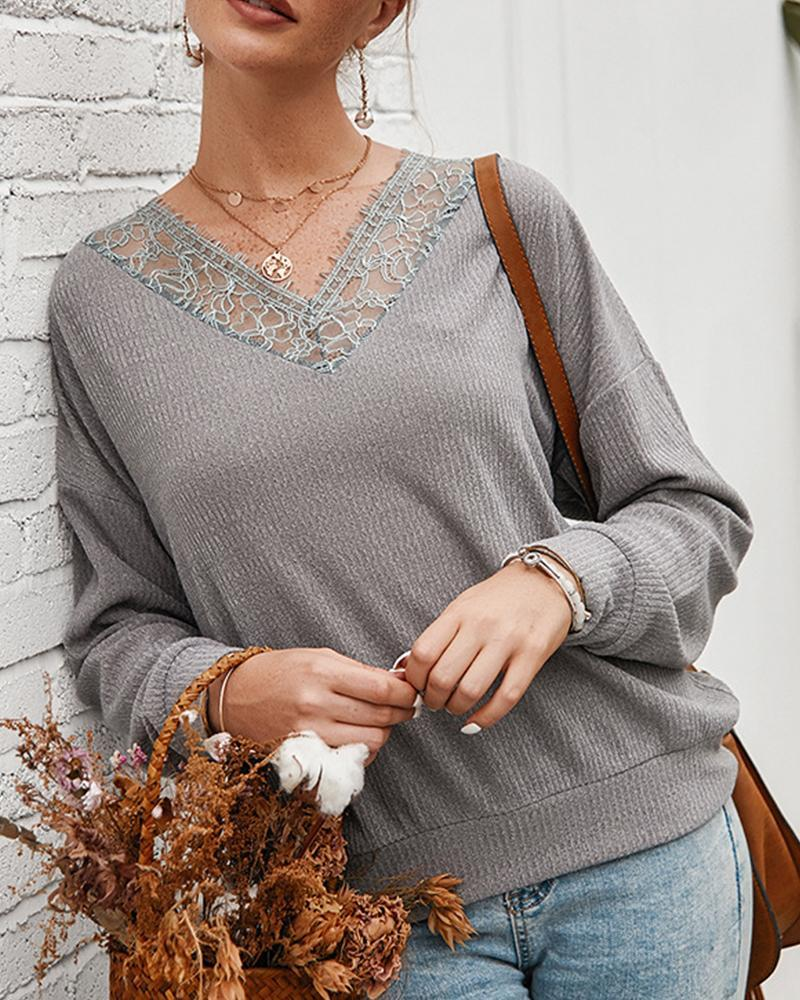 Outlet26 V Neck Lace Trim Top gray