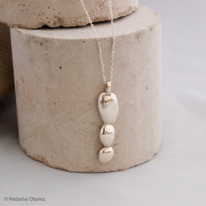 Silver pebble trio pendant - Large