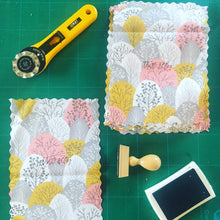 Load image into Gallery viewer, Beeswax Wrap