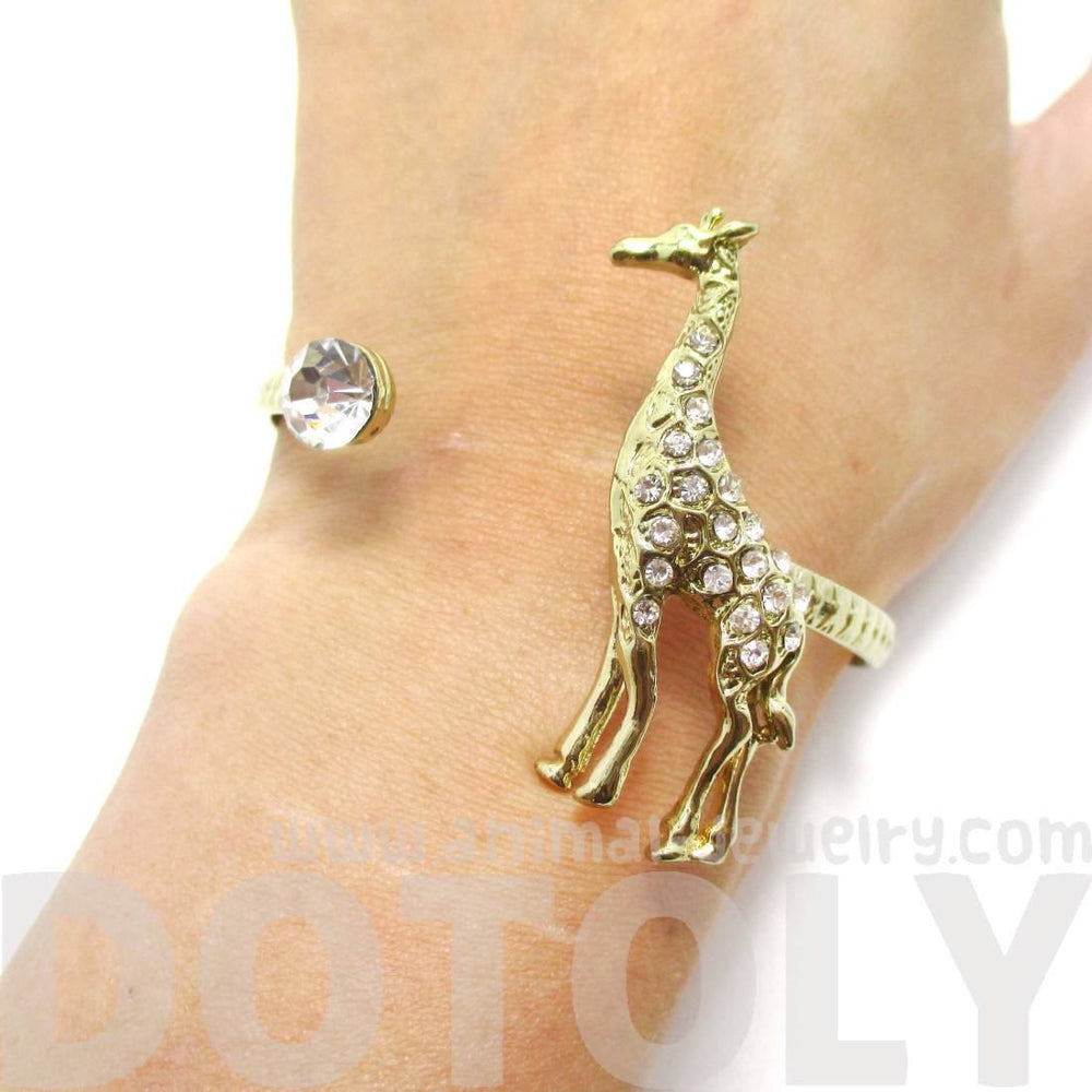 3d Giraffe Wrapped Around Your Wrist Bangle Cuff Bracelet In Gold   Dotoly