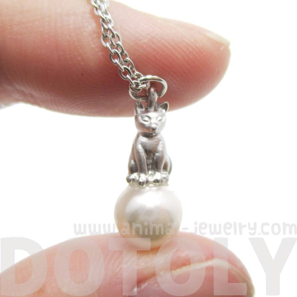 3D Kitty Cat Animal Totem Charm Necklace in Silver