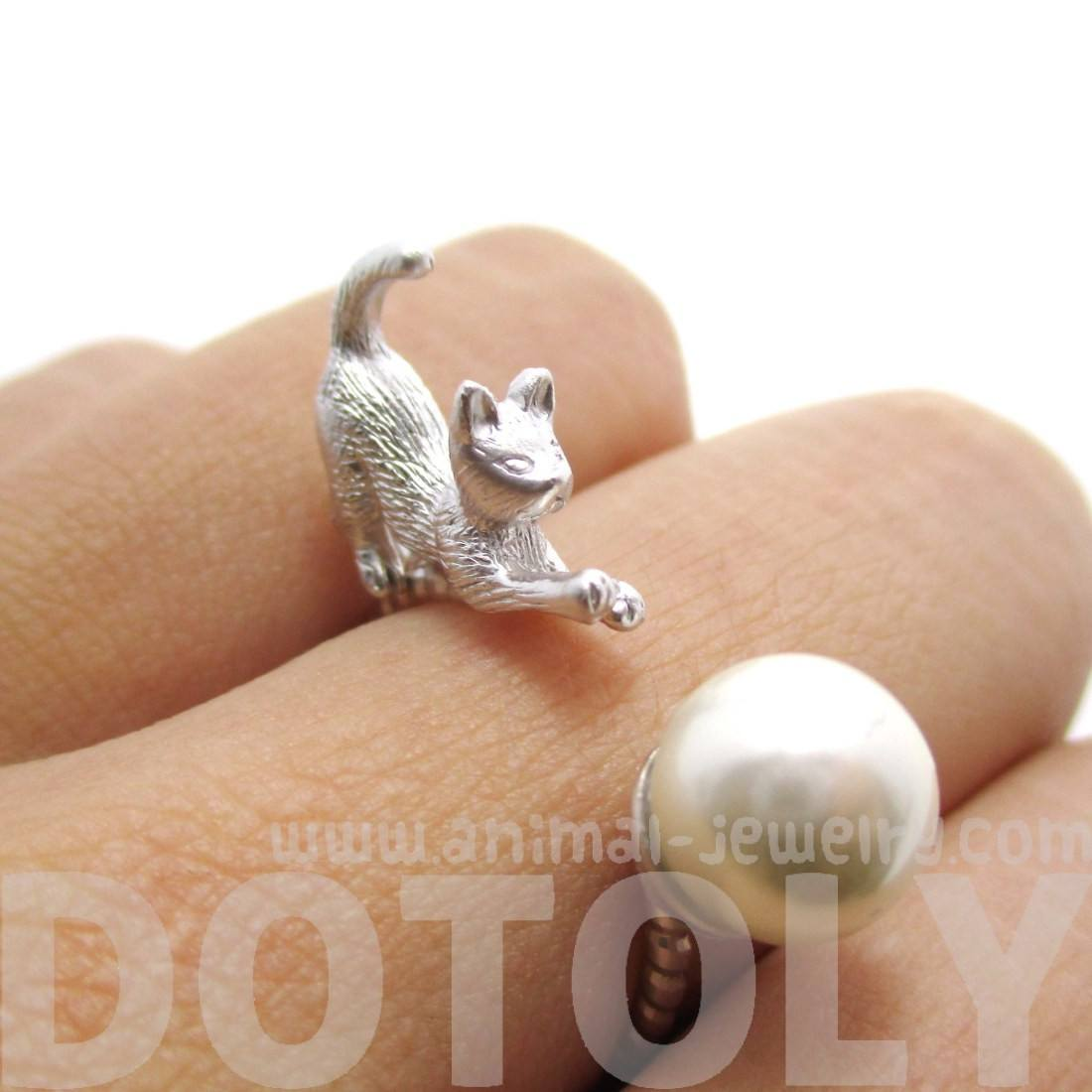 3D Kitty Cat Chasing a Pearl Ball Animal Ring in Silver