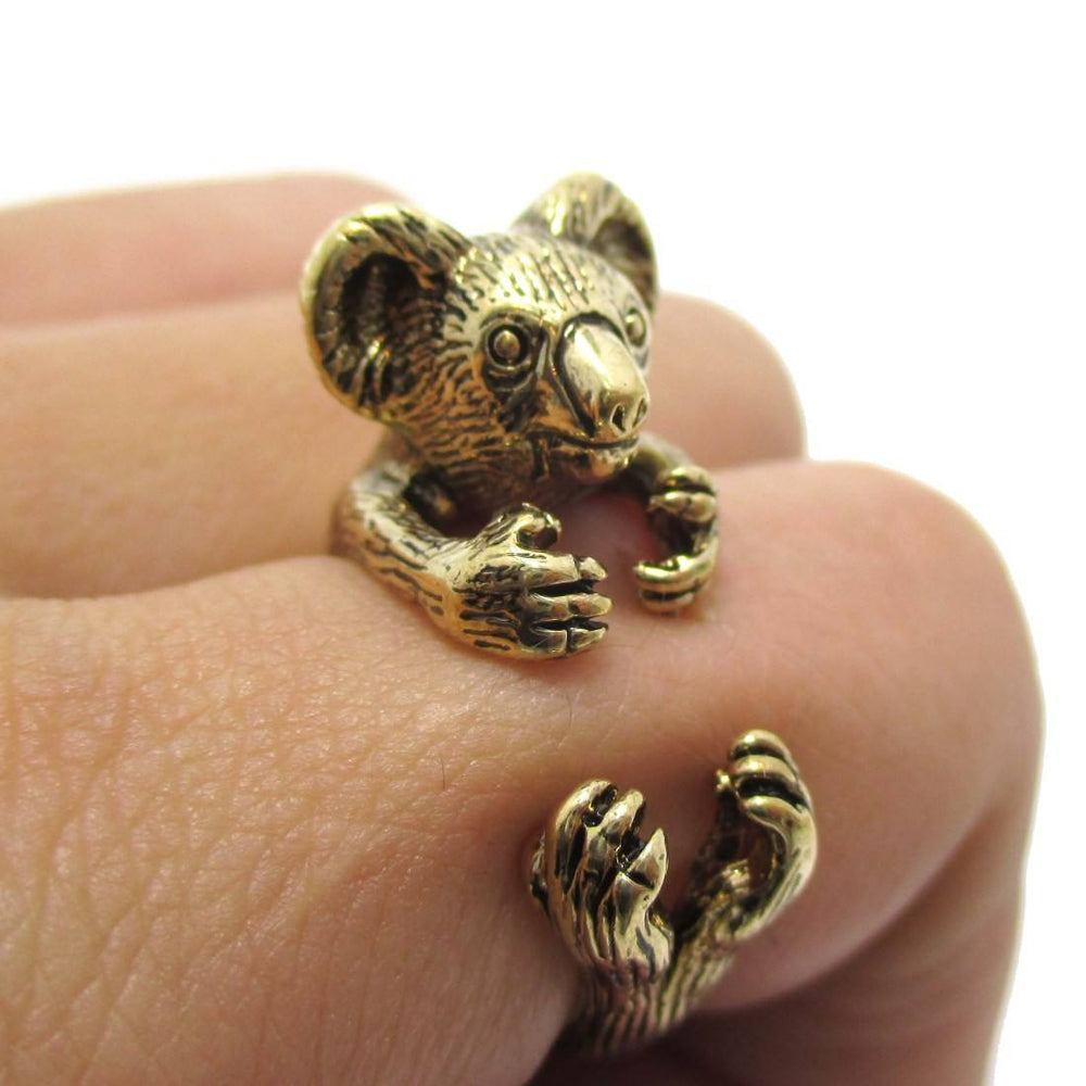 3D Koala Hugging Your Finger Shaped Ring in Shiny Gold