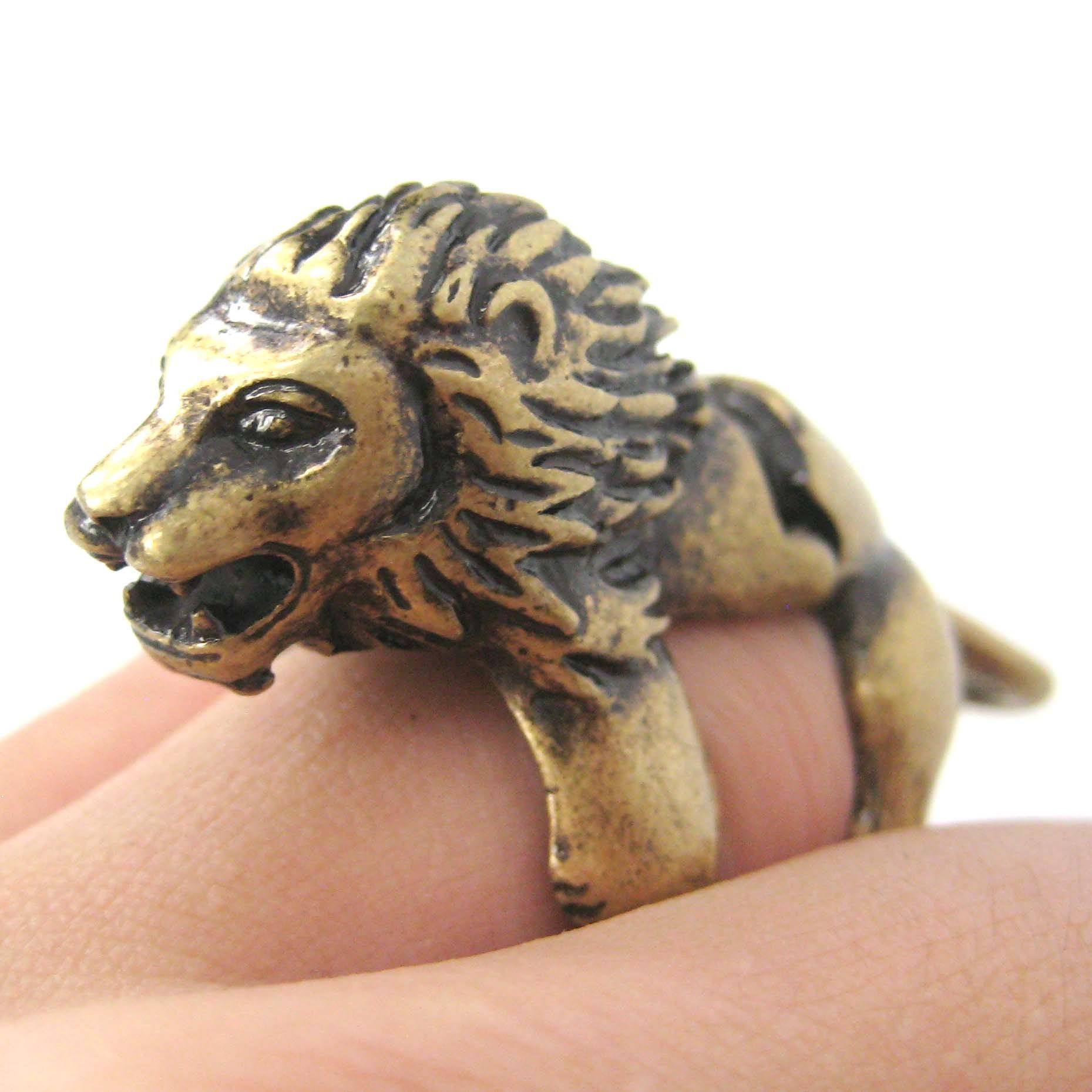 3D Lion Shaped Animal Wrap Armor Knuckle Joint Ring in Brass | DOTOLY