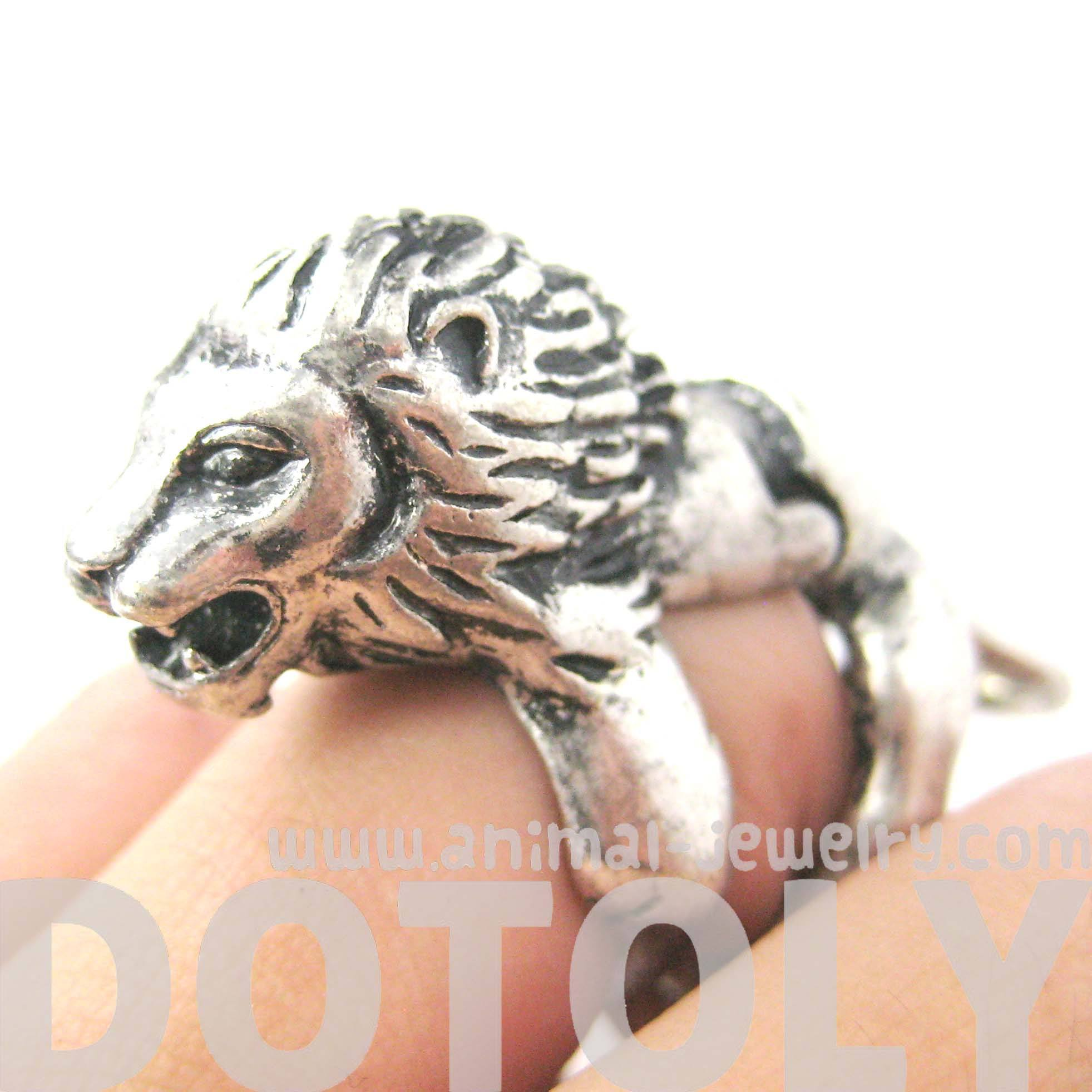 3D Lion Shaped Animal Wrap Armor Knuckle Joint Ring in Silver | DOTOLY
