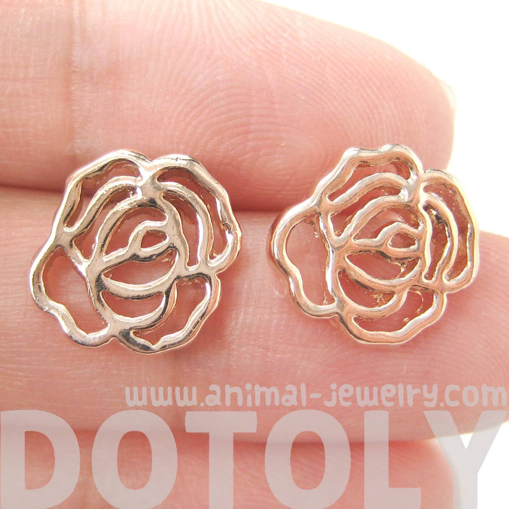 3d-rose-shaped-floral-cut-out-stud-earrings-in-rose-gold-dotoly