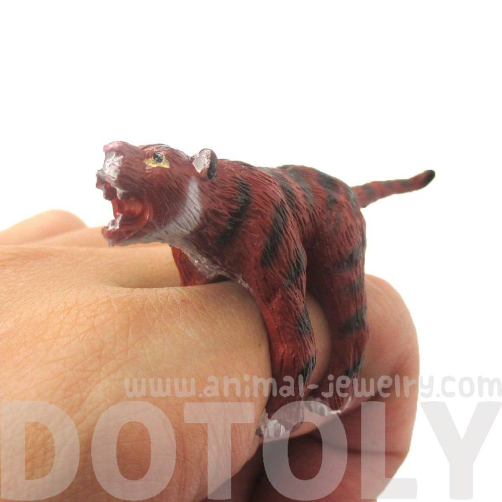 3D Adjustable Tiger Figurine Shaped Animal Wrap Around Ring for Kids