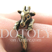 baby-giraffe-animal-wrap-ring-in-brass