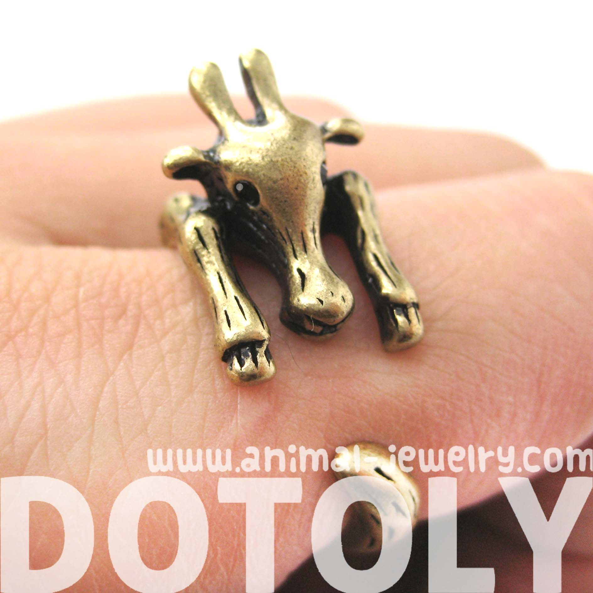 large-giraffe-animal-wrap-around-ring-in-brass