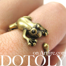 leap-frog-realistic-animal-ring-in-brass