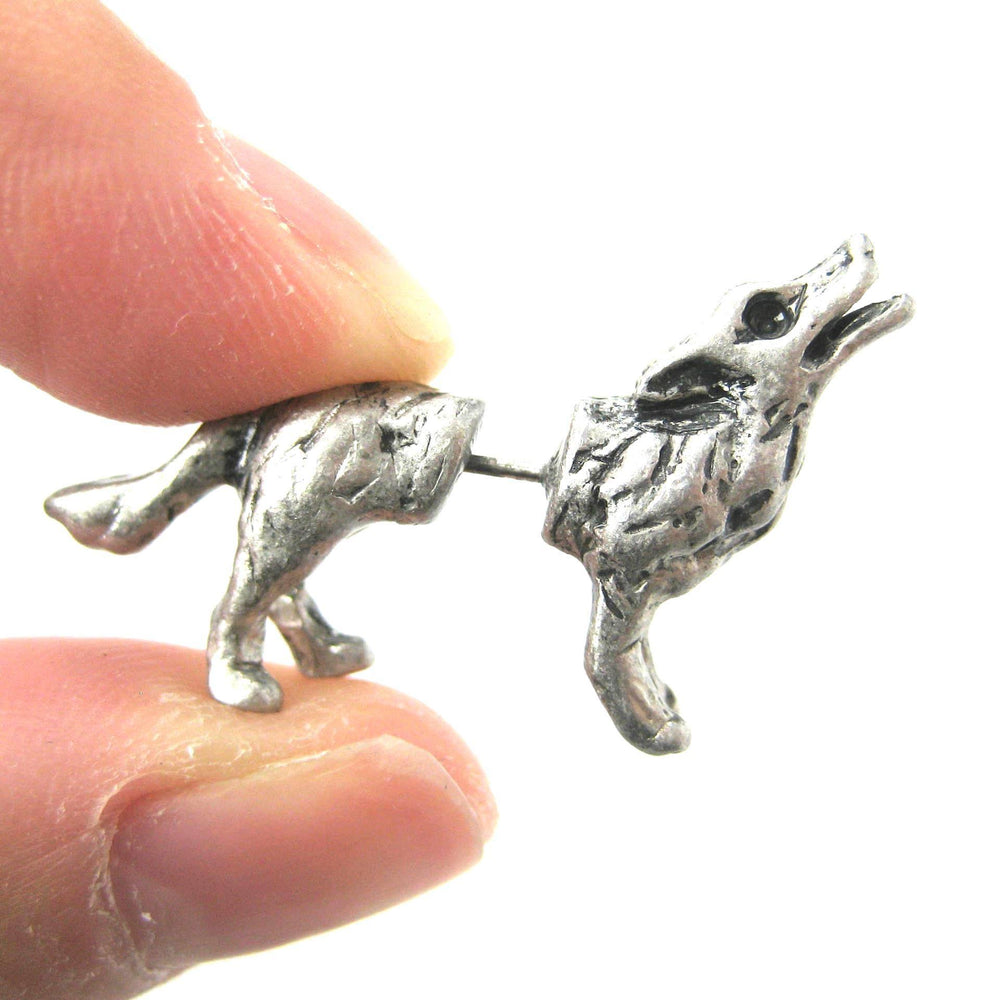 fake-gauge-earrings-wolf-stud-earrings-silver-animal-jewelry