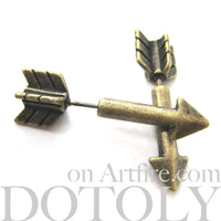 arrow-shaped-fake-gauge-earrings-dotoly