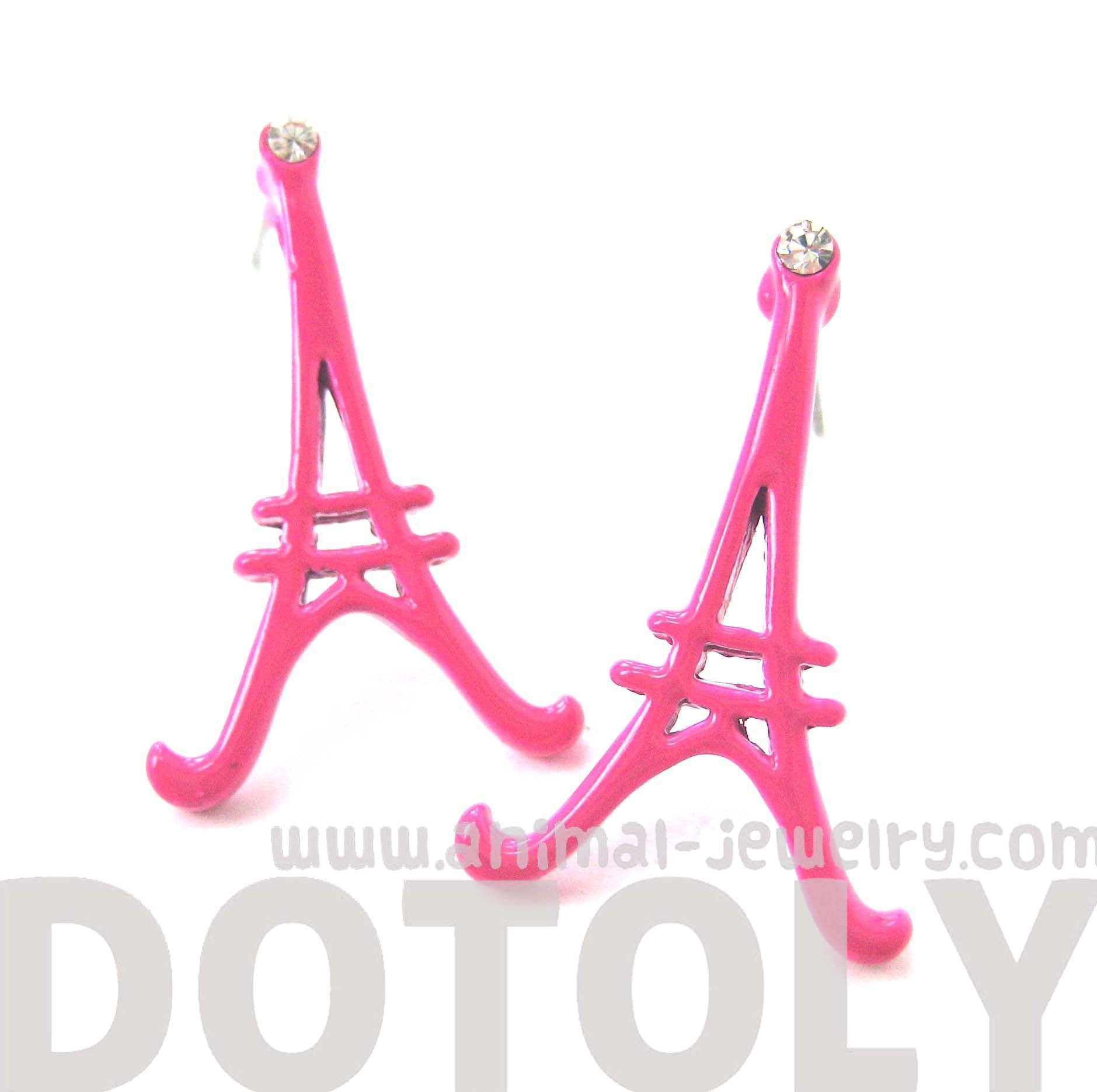 large-eiffel-tower-shaped-paris-france-travel-stud-earrings-in-pink