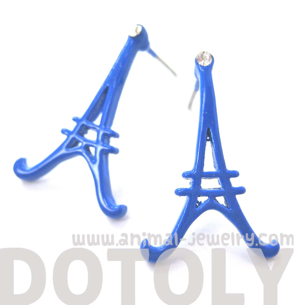 large-eiffel-tower-shaped-paris-france-travel-stud-earrings-in-blue