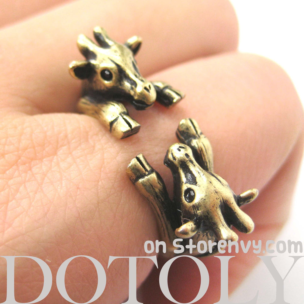 double-giraffe-animal-ring-bronze-dotoly