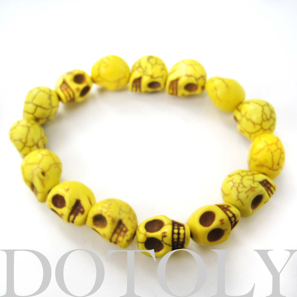skeleton-agate-bead-yellow-colored-skull-stretchy-bracelet