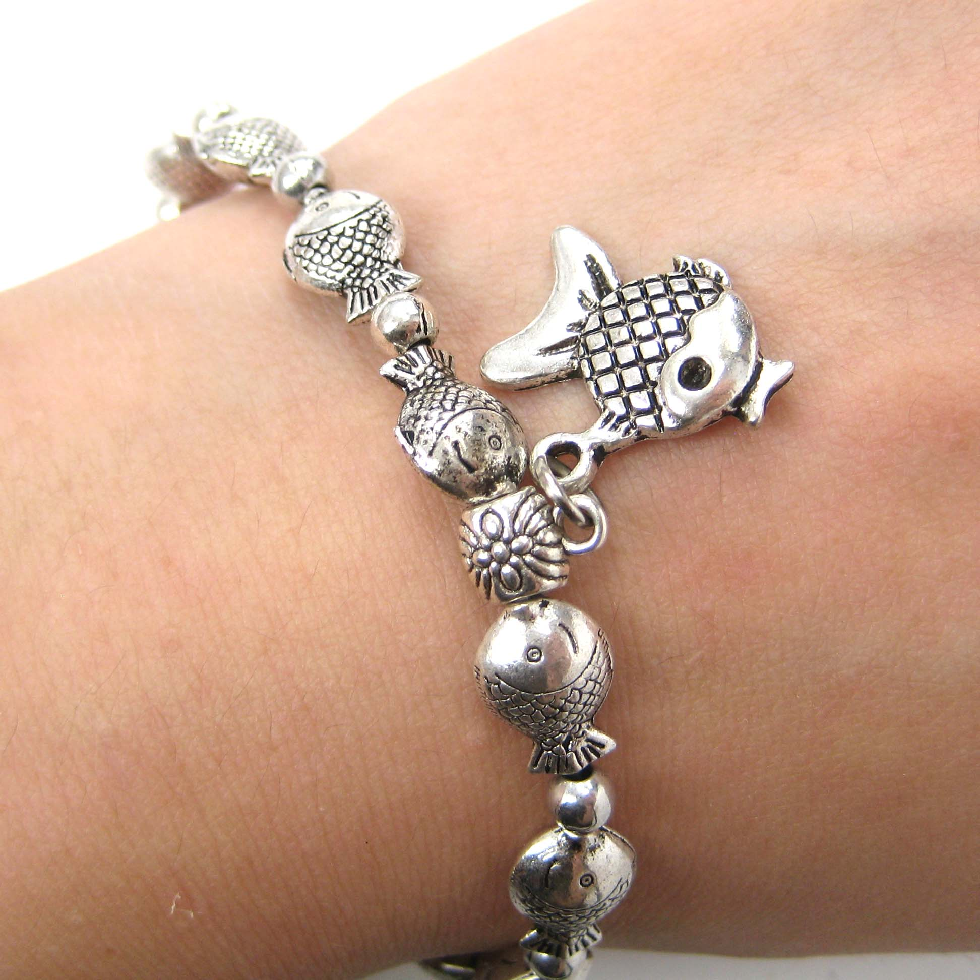 fish-parade-sea-animal-stretchy-bracelet-in-silver