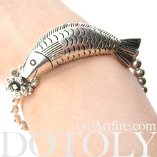 fish-unique-sea-animal-stretchy-bracelet-in-silver