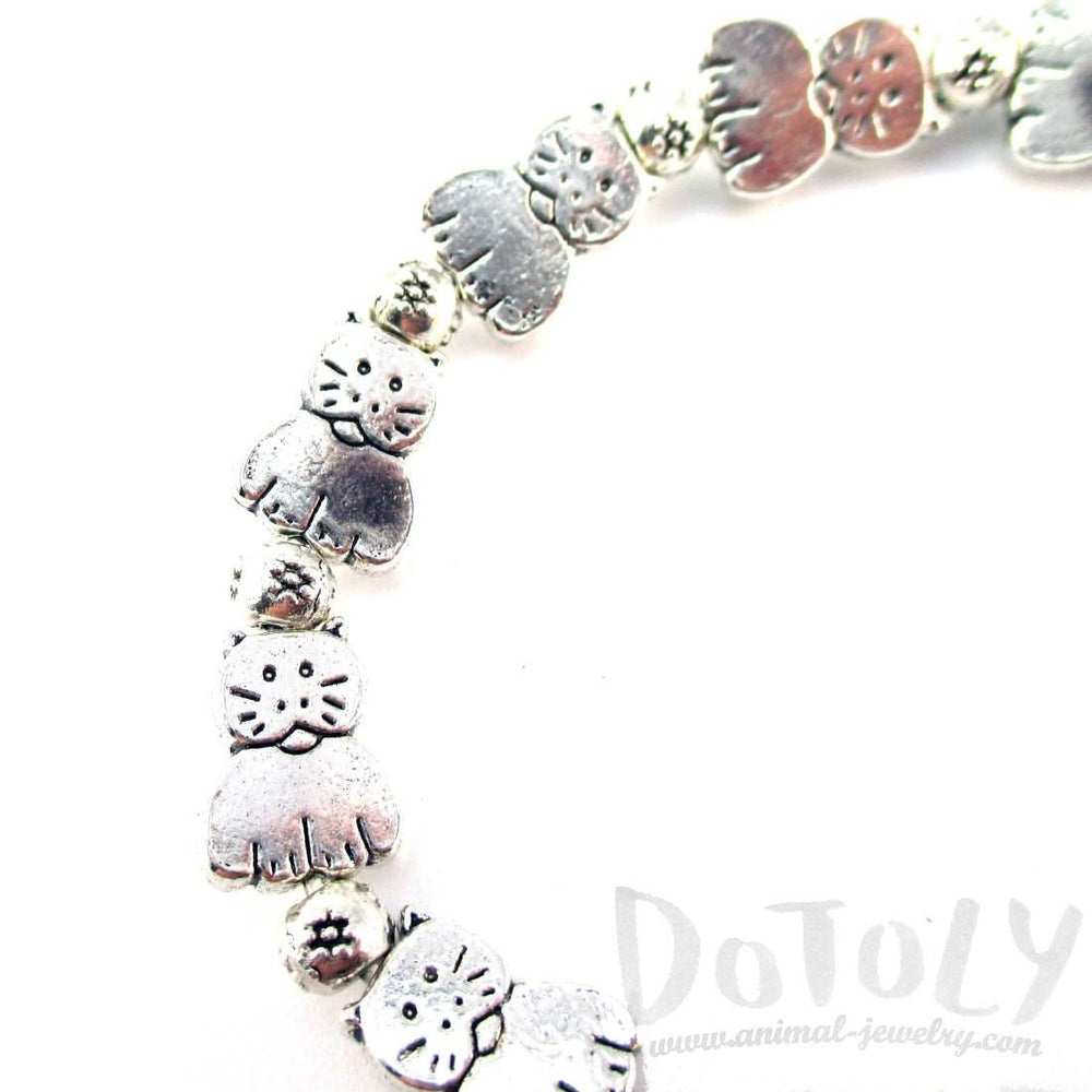 A Row Of Kitty Cats Shaped Beaded Stretchy Bracelet