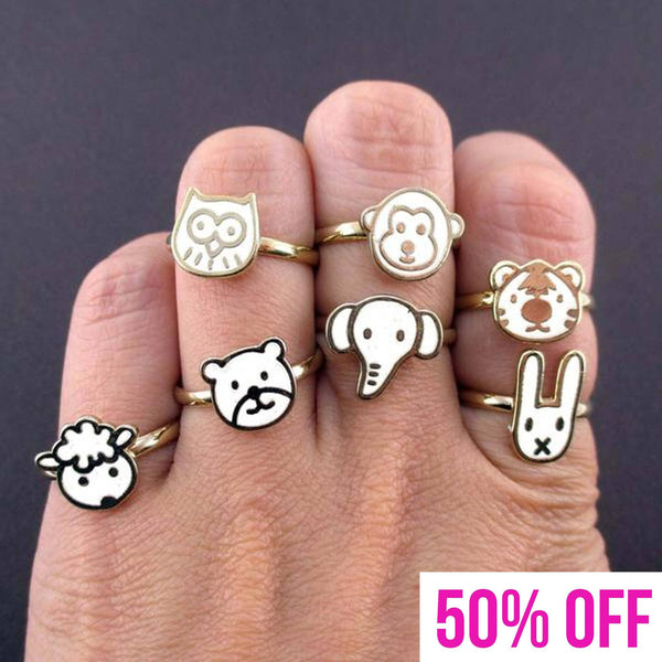 Adorable Animal Shaped 7 Piece Adjustable Ring Set in White | DOTOLY