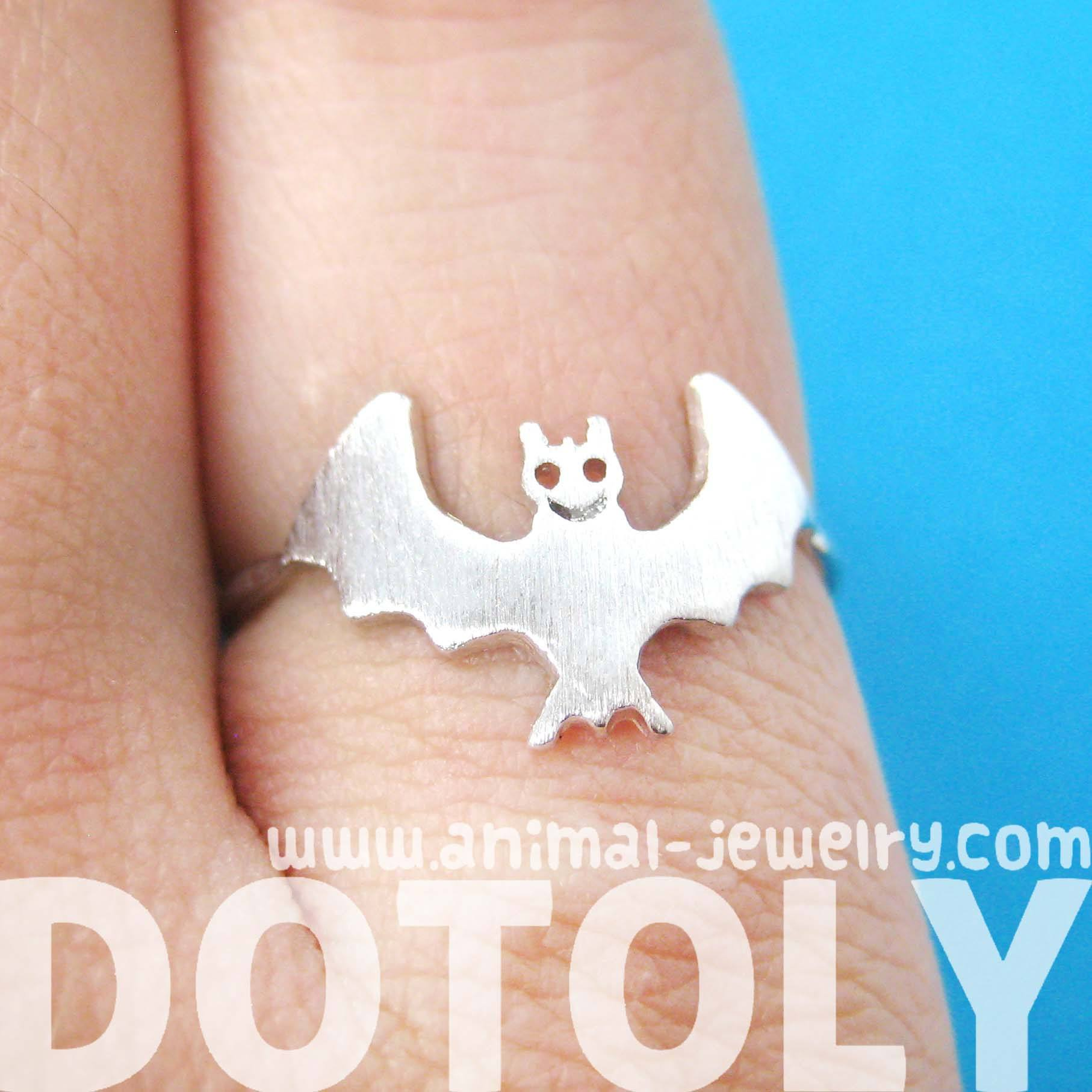 Adorable Bat Shaped Animal Themed Ring in Silver Size 6 | DOTOLY