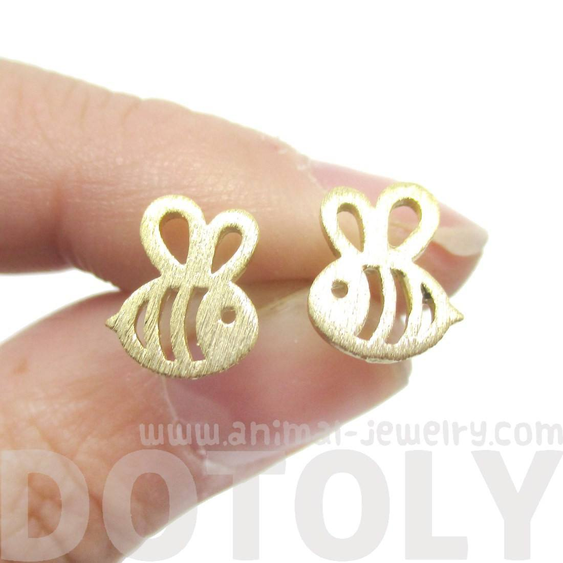 Adorable Bumble Bee Insect Shaped Stud Earrings in Gold