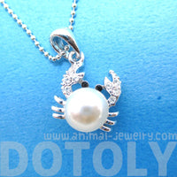 3D Crab Shaped Animal Themed Pendant Necklace in Silver