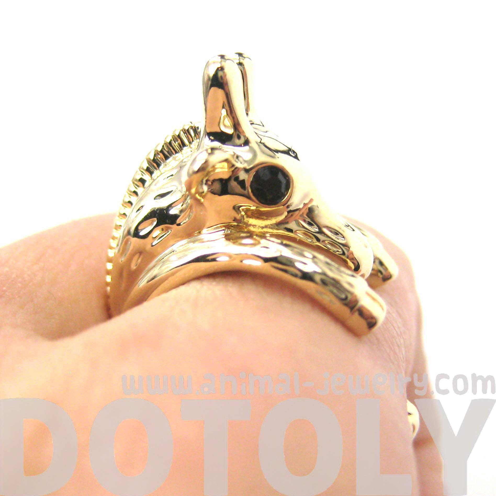 adorable-giraffe-shaped-animal-wrap-ring-in-shiny-gold-us-sizes-7-to-9