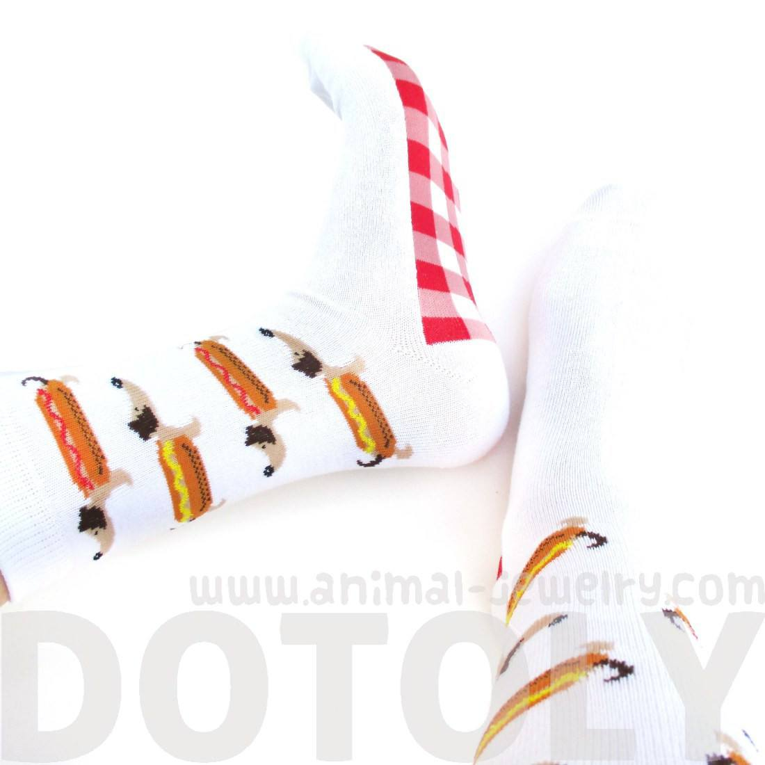 Adorable Hot Dog Dachshund Novelty Print Calf High Socks in White