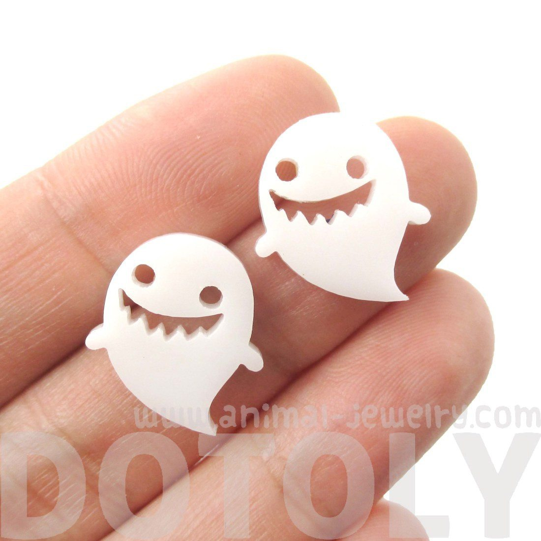 Adorable Laser Cut White Acrylic Ghost Shaped Statement Stud Earrings