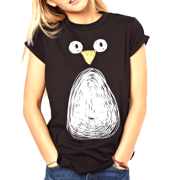 Adorable Penguin Face Animal Print Black Graphic Tee T-Shirt for Women