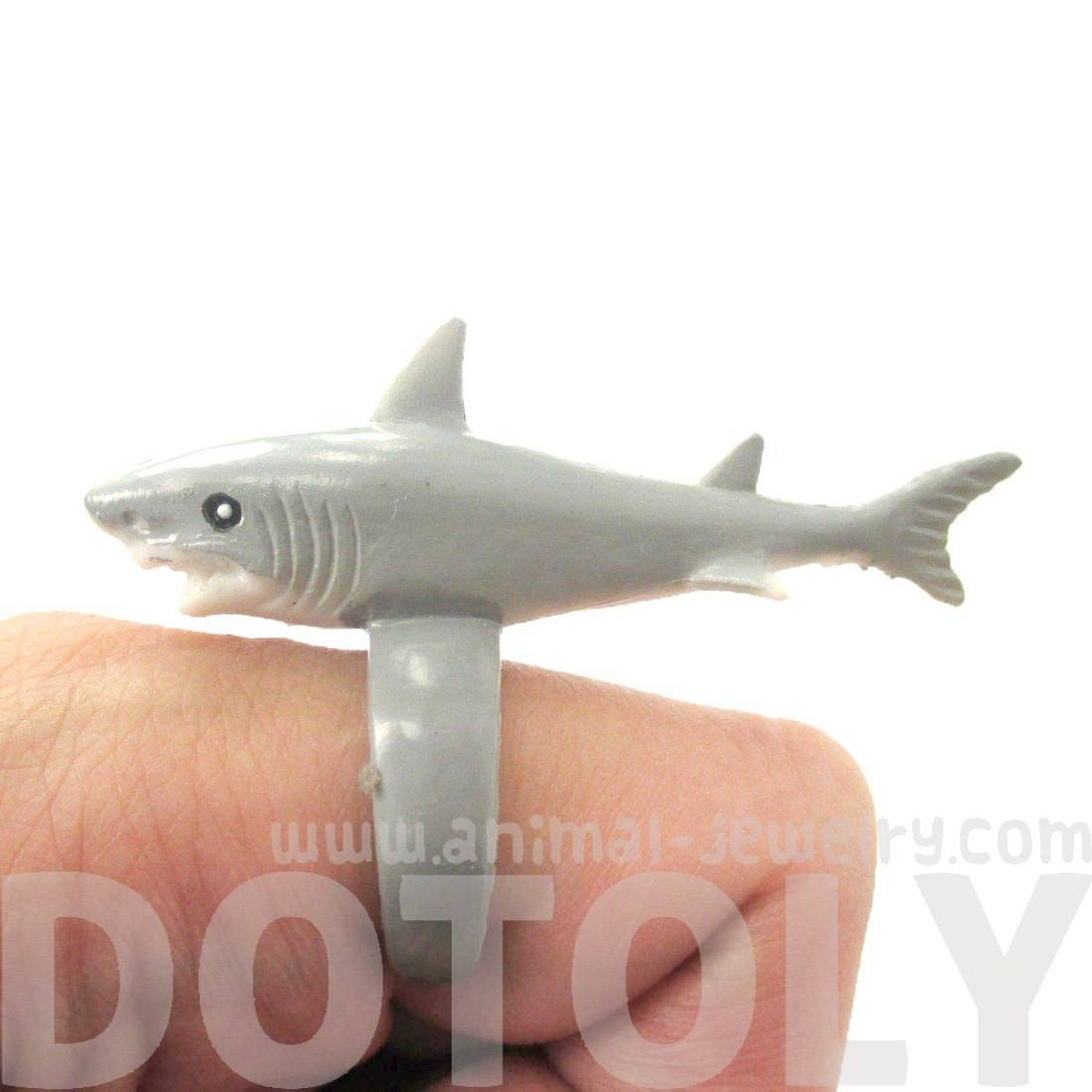 3D Shark Figurine Shaped Animal Wrap Ring for Kids | Size 4 to size 6
