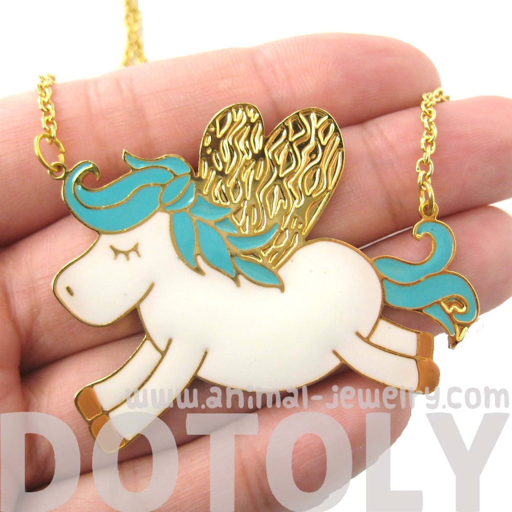 adorable-pegasus-horse-animal-pendant-necklace-in-turquoise-on-gold-limited-edition