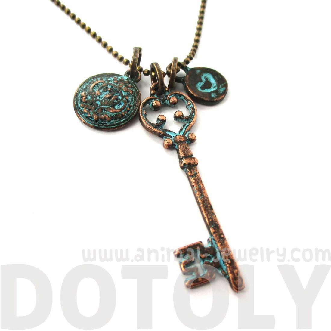Skeleton Key Heart Crest Shaped Charm Necklace in Brass