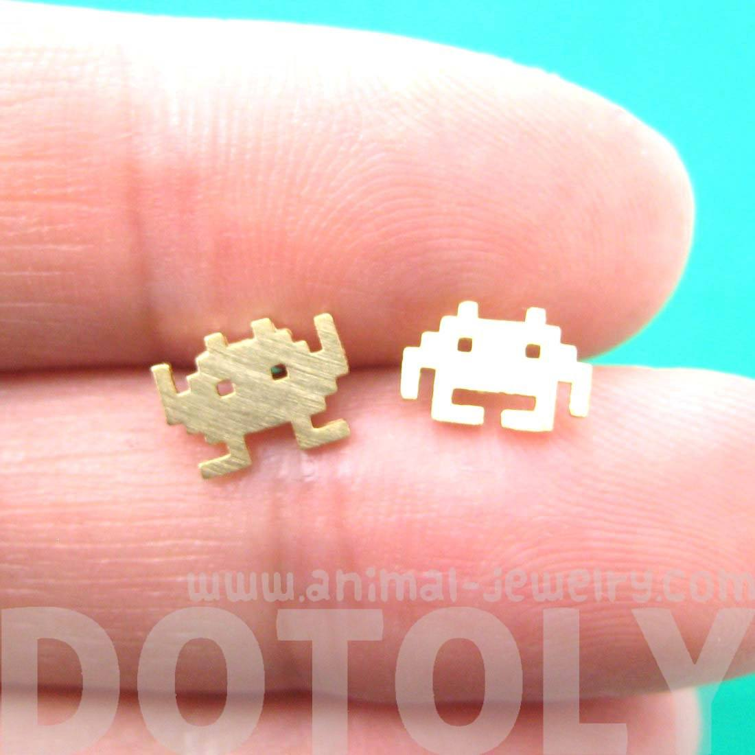 Atari Space Invaders Alien Pixel Arcade Themed Stud Earrings in Gold
