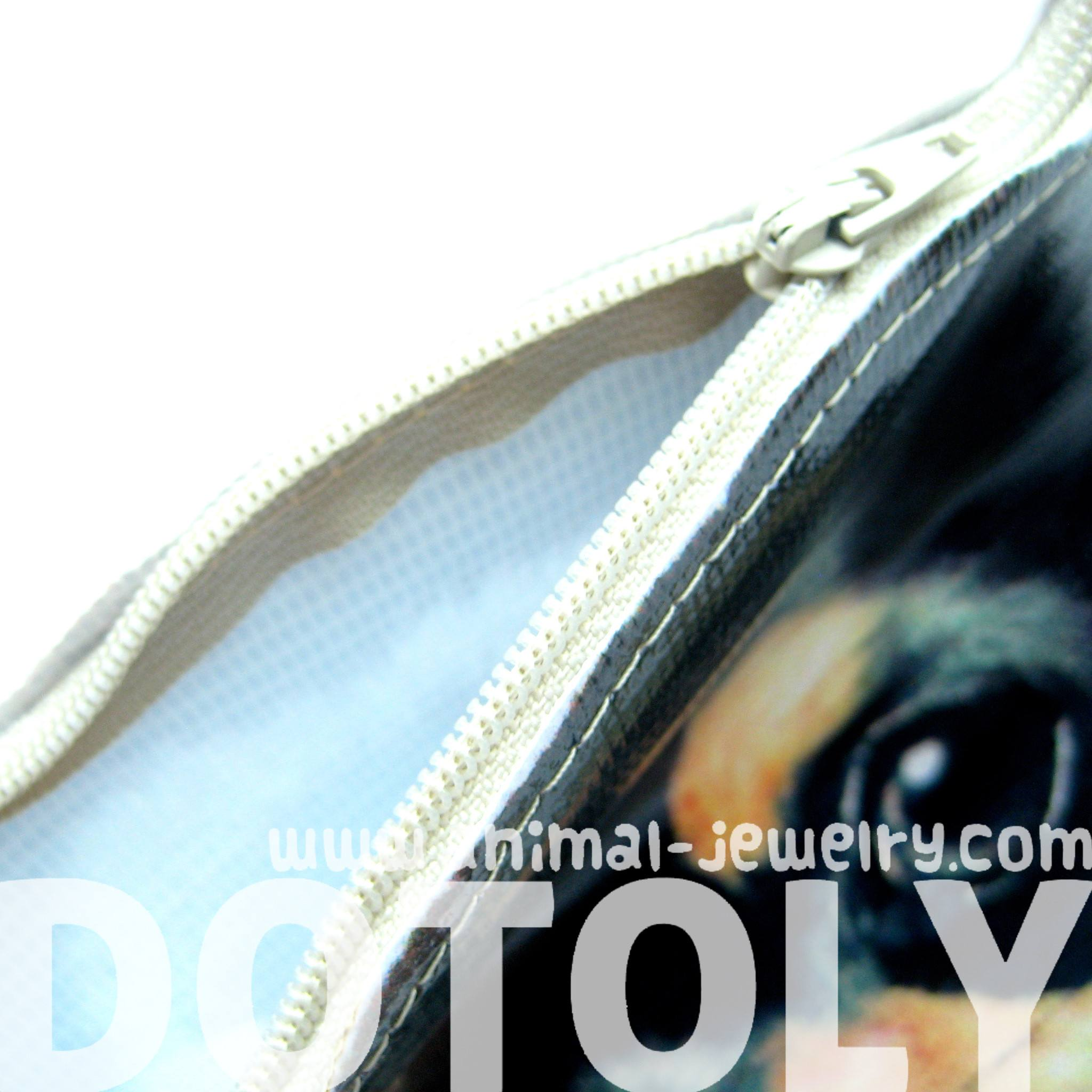 baby-chihuahua-black-and-tan-puppy-dog-head-shaped-vinyl-animal-themed-clutch-bag