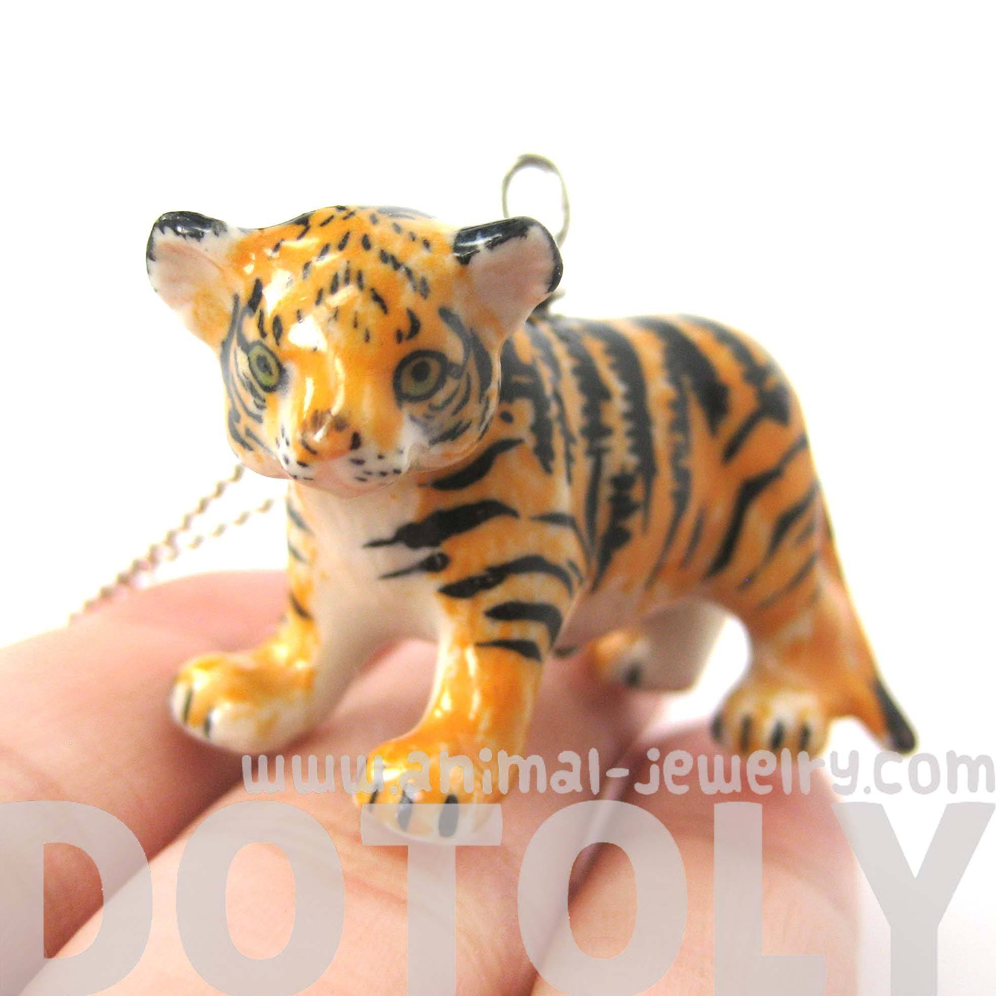 baby-tiger-porcelain-ceramic-detailed-animal-pendant-necklace-handmade