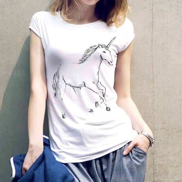 Basic Unicorn Illustration Print Graphic Tee in White | DOTOLY