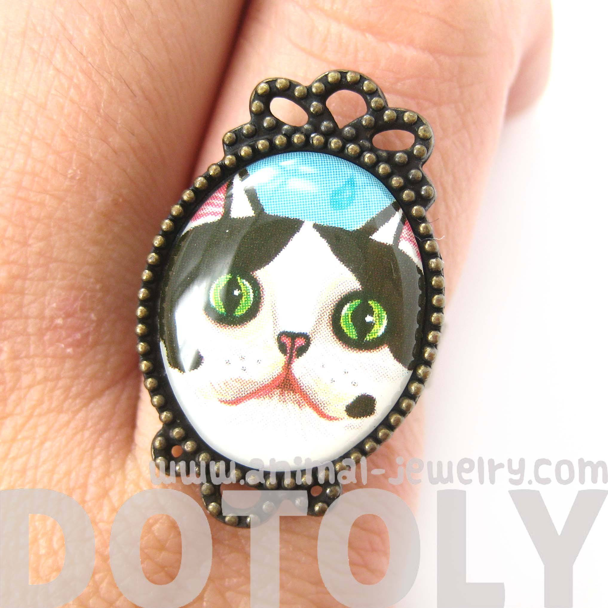 Black and White Bicolor Kitty Cat Illustrated Adjustable Ring | DOTOLY
