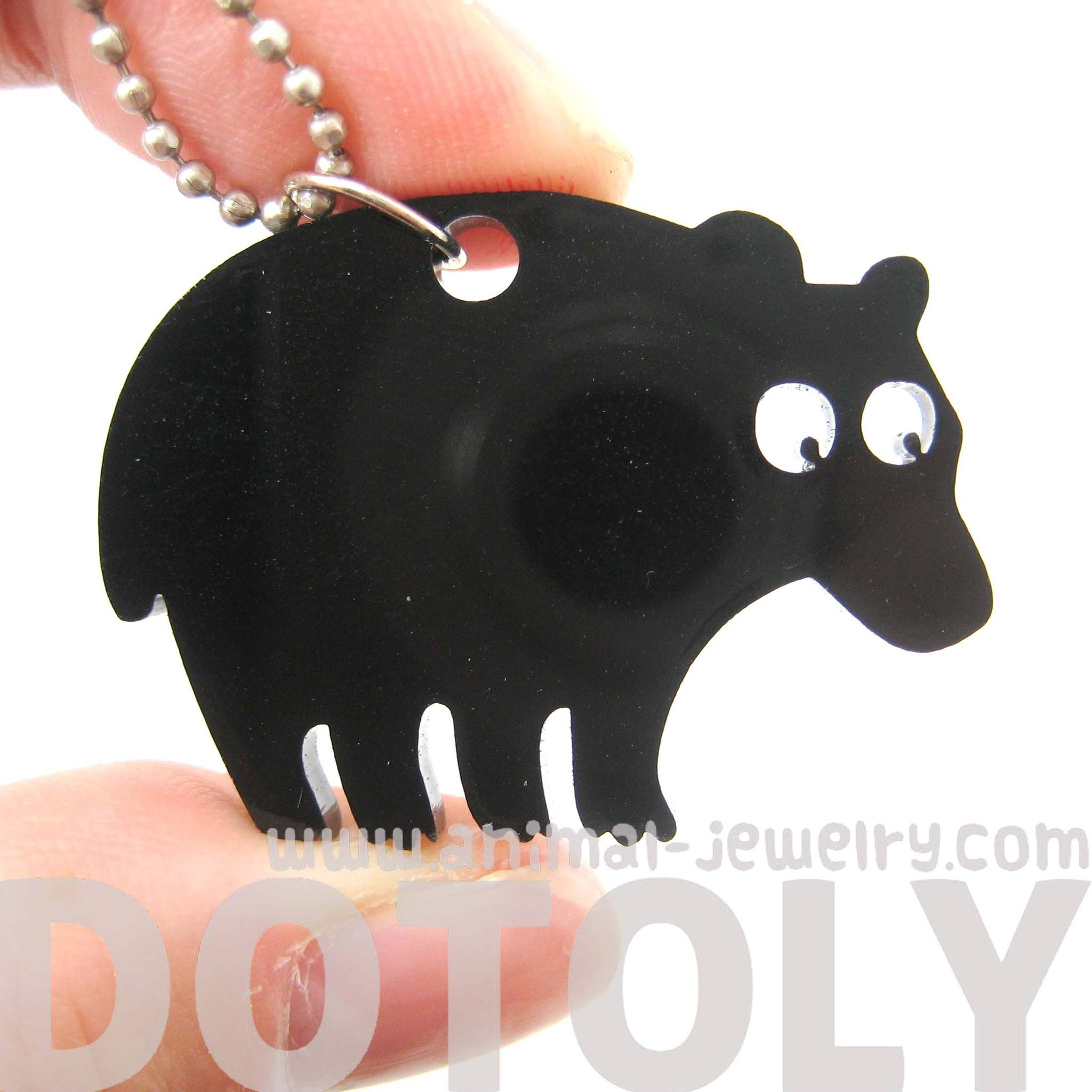 black-bear-silhouette-shaped-pendant-necklace-in-acrylic-animal-jewelry