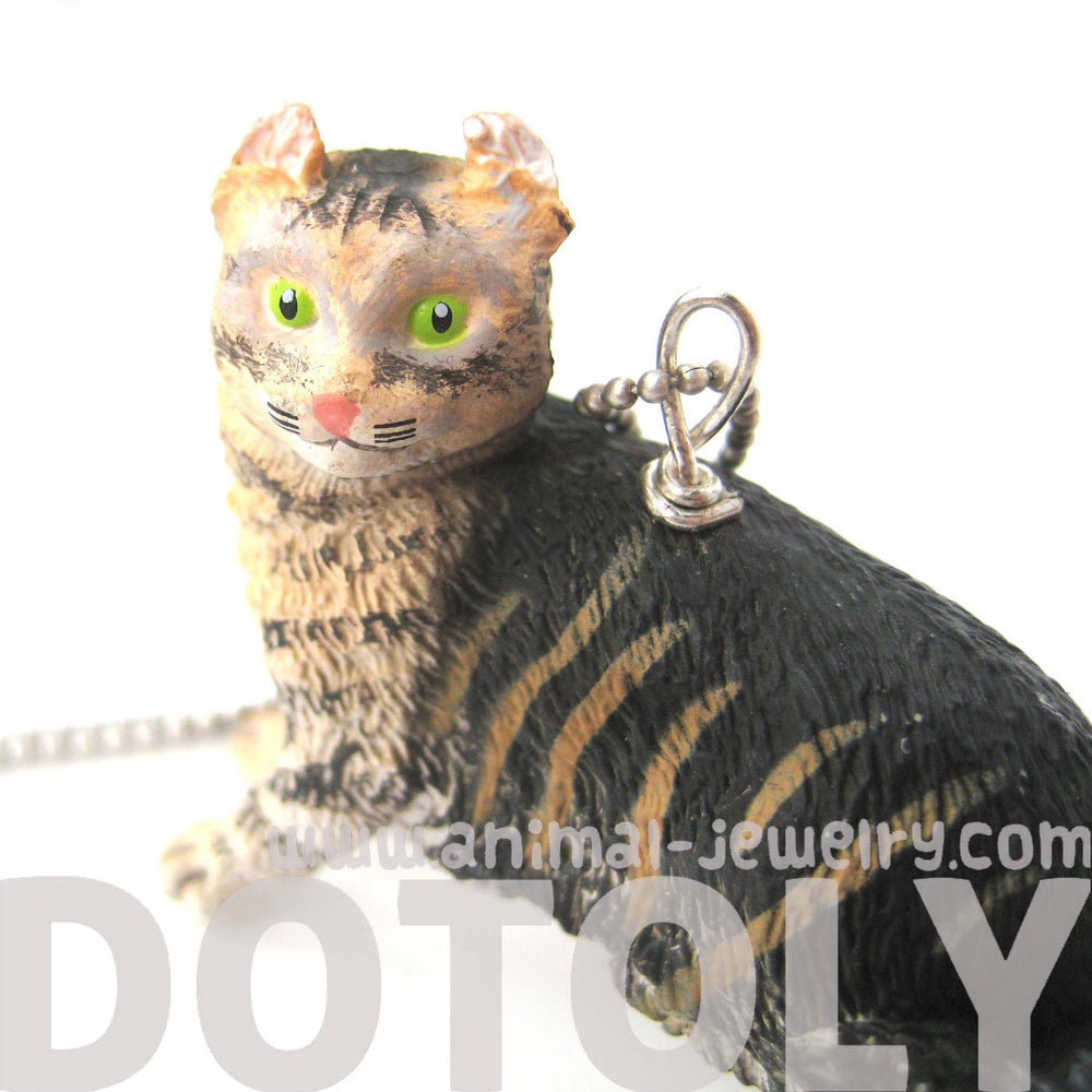 black-brown-realistic--tabby-kitty-cat-animal-plastic-pendant-necklace-animal-jewelry